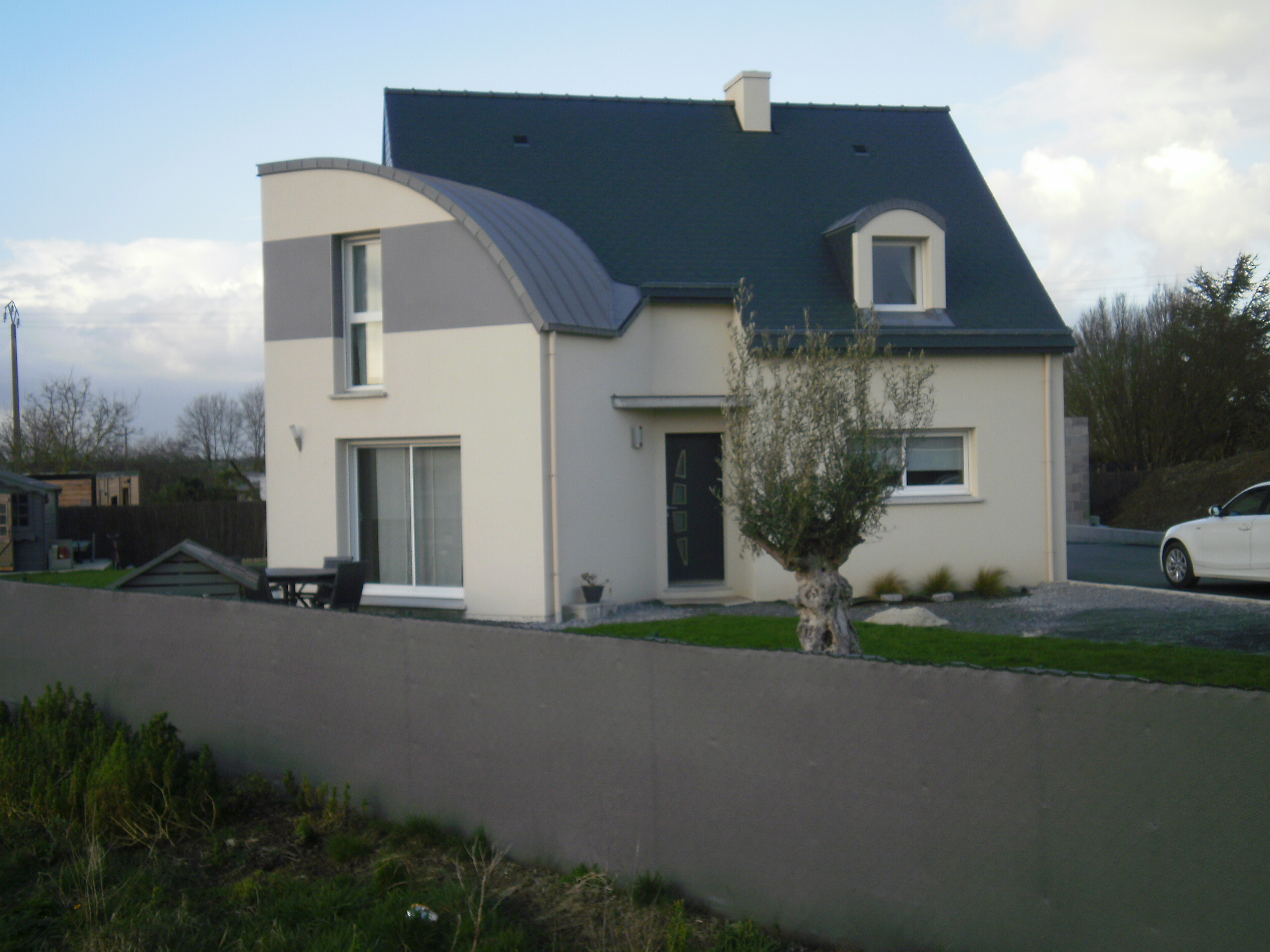 les maisons interesting les maisons de bricourt with les maisons modle de maison les maisons. Black Bedroom Furniture Sets. Home Design Ideas